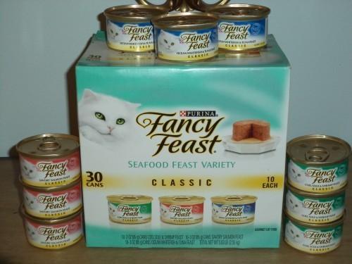 DSC00021 Finicky Eaters Select Fancy Feast