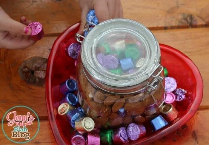 Easter Candy Decor Idea  #BunnyTrail Easter Ideas: Fun Easter Basket Ideas For Kids Easter Candy Decor Idea