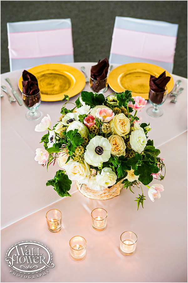 Garden Arrangement by Jen's Blossoms | Photo By: Wallflower Photography