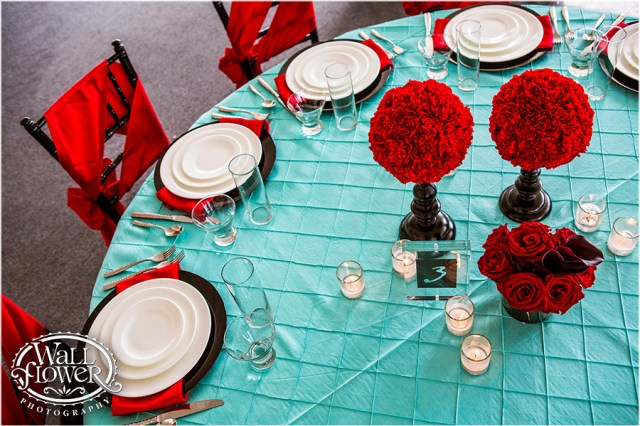Bold Red, Tiffany & Black Table Design by Jen's Blossoms | Photo by: Wallflower Photography