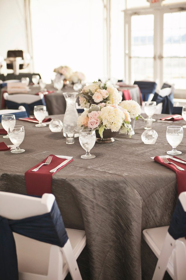 Chambers Bay Pavilion Wedding || Flowers By: Jen's Blossoms || Photo By: Lloyd Photographers