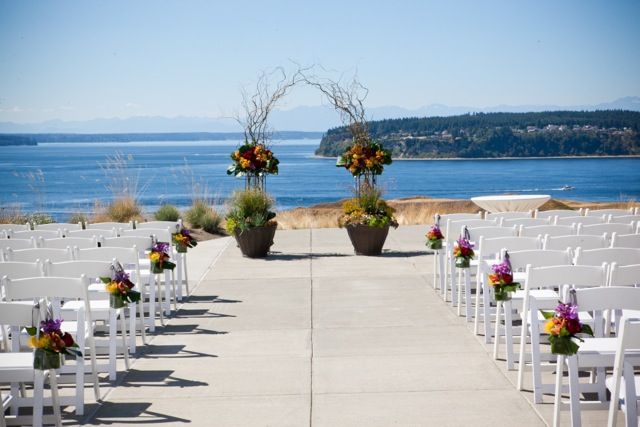 Chambers Bay Ceremony || Flowers by Jen's Blossoms || Photo by: Tasha Owen Photography