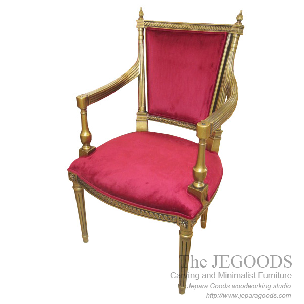 Classic gilt chair the antique classic gilt chair for French reproduction furniture
