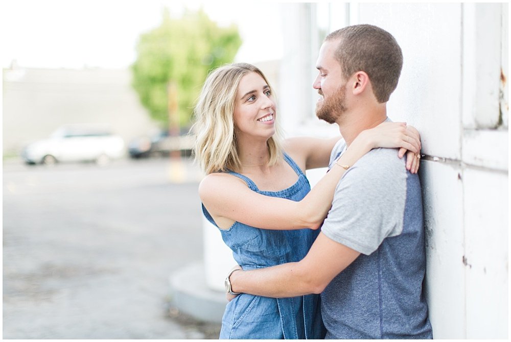 Stylish Fountain Square Engagement Session in Indianapolis with Ivan & Louise Images