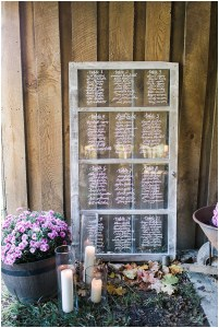 window pane seat assignment, rustic barn wedding, Ivan & Louise Images, Jessica Dum Wedding Coordination