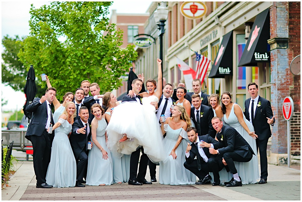 Fun downtown Indianapolis bridal party portraits | elegant gold downtown wedding | Jessica Strickland Photography and Jessica Dum Wedding Coordination