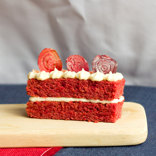 Vanilla Beetroot Cake with Lentils