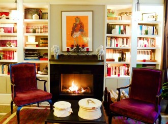 Hotel Villa Madame fireplace