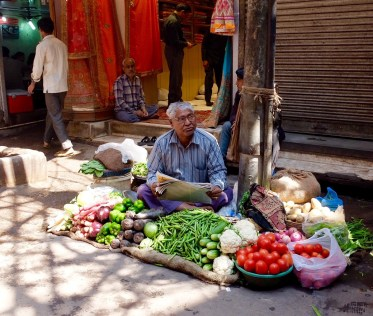 Old-Delhi-Vegetable-Stand