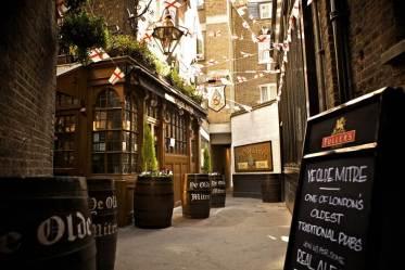 Ye Old Mitre bar London