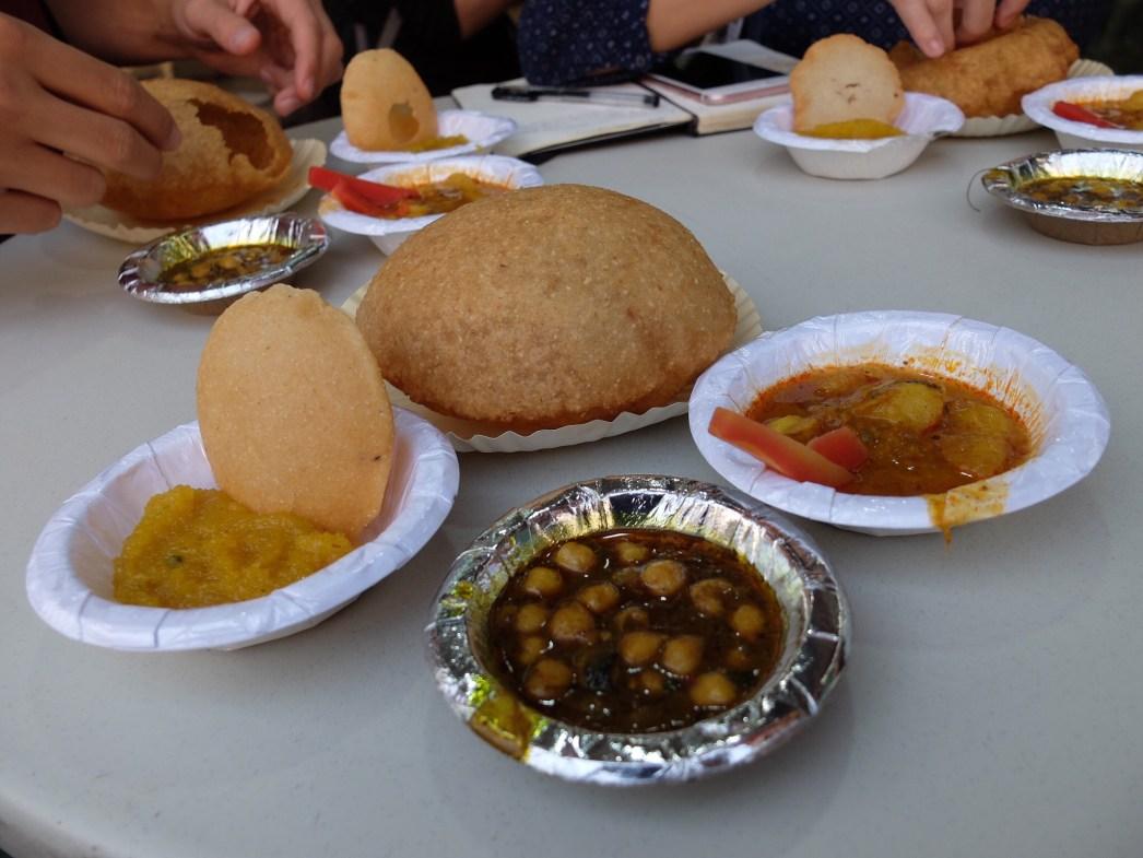Delhi-traditional-breakfast-curry