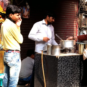 chai stand delhi