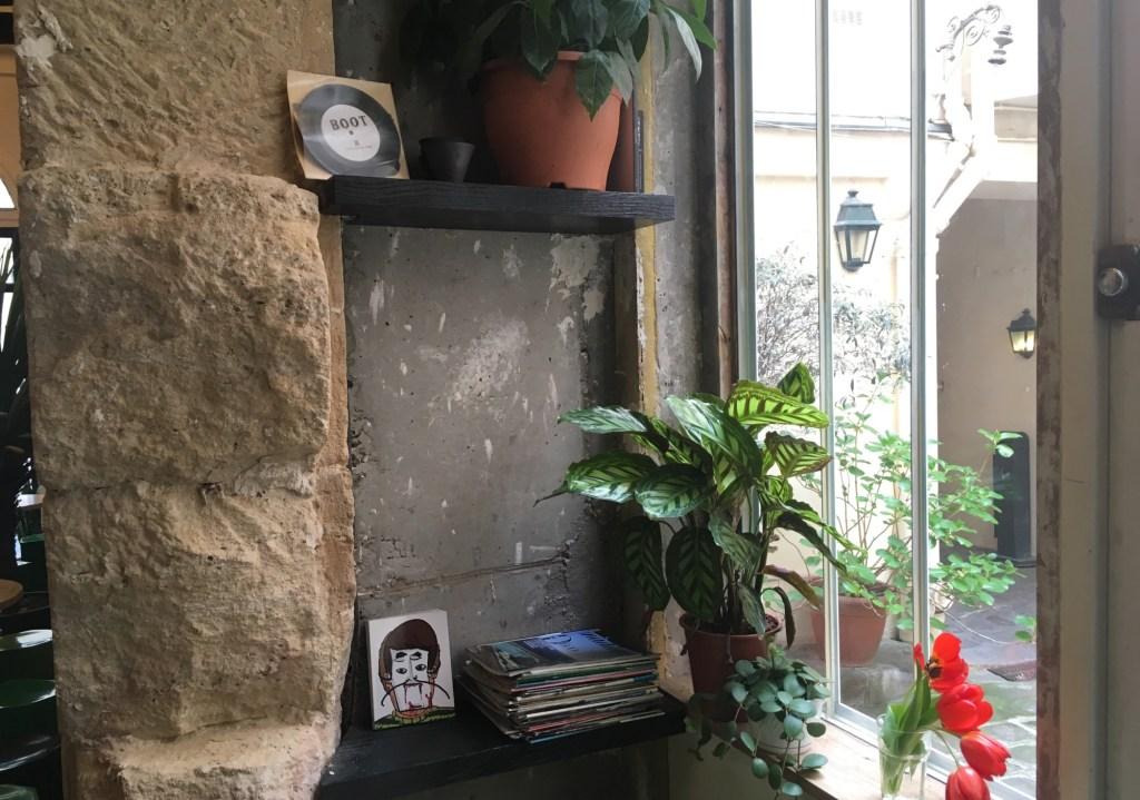 boot-cafe-paris