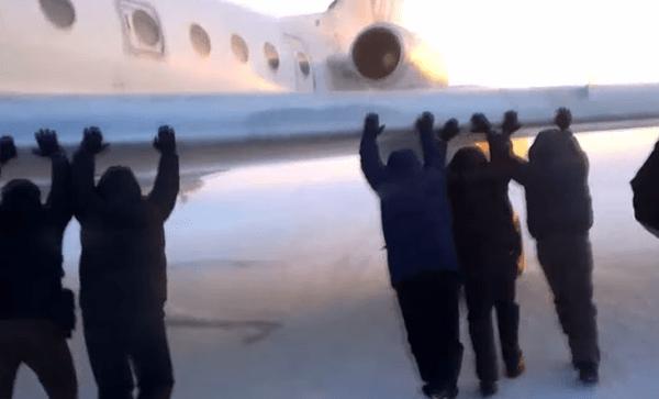 utair russia push jet plane