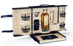 Johnnie Walker Alfred Dunhill travel whiskey 1