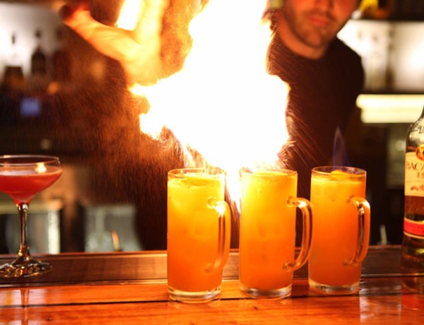 Facebook Knox Street Bar