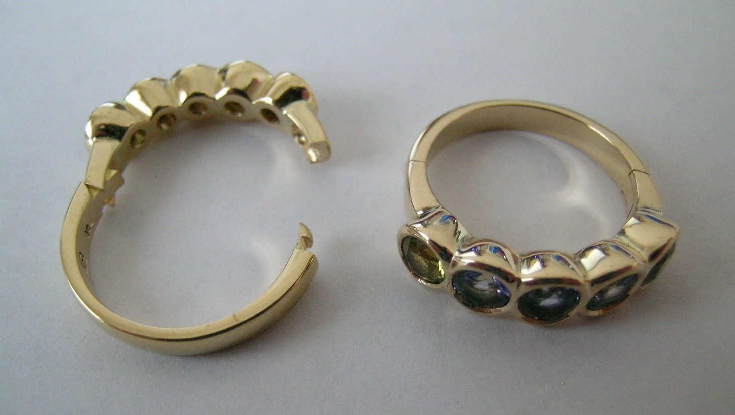 hinged wedding ring Hinged ring for difficult to fit fingers