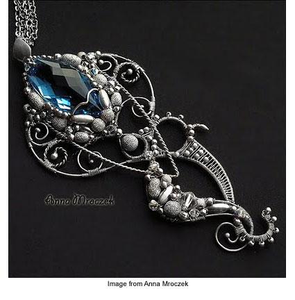 Anna Mroczek's wire wrapped jewelry piece titled Octopus