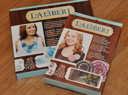coiled roses and zipper flowers kits from Laliberi