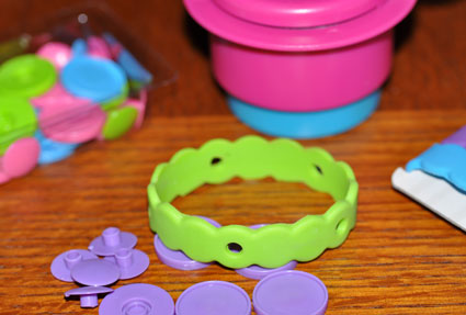 The giveaway inlcudes the Crafty Band Starter Kit and one completed band.
