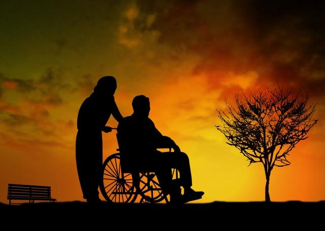 【必読】地獄と言われる老老介護の問題点と共倒れをしないためにあなたが今できる対策とは