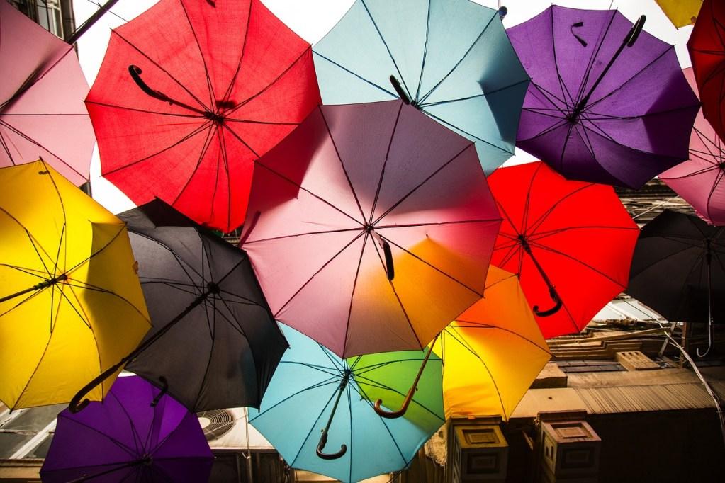 梅雨はなぜかだるいし疲れるし眠い…湿邪を防ぐ食べ物・対策方法
