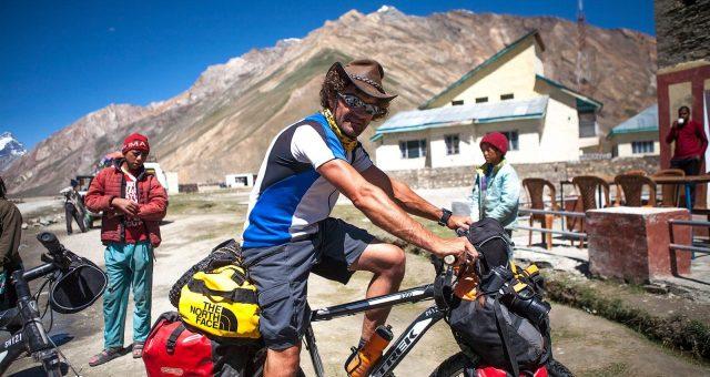 【カッコ良くて機能的!】自転車旅に連れていきたいガジェット7選