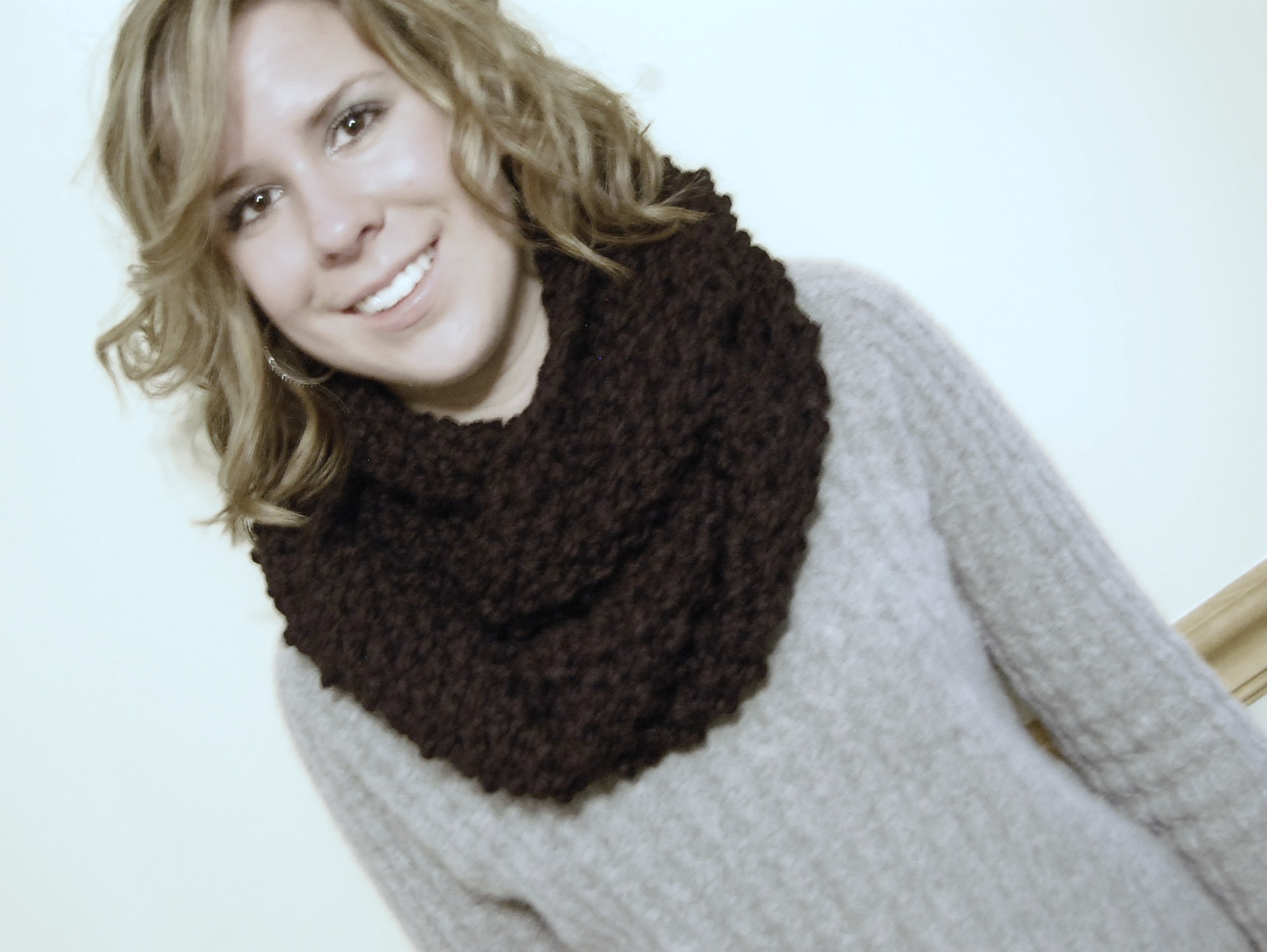 Cardigan Patterns Knitting Free : Free Knit Cowl Pattern - Chunky JJCrochet