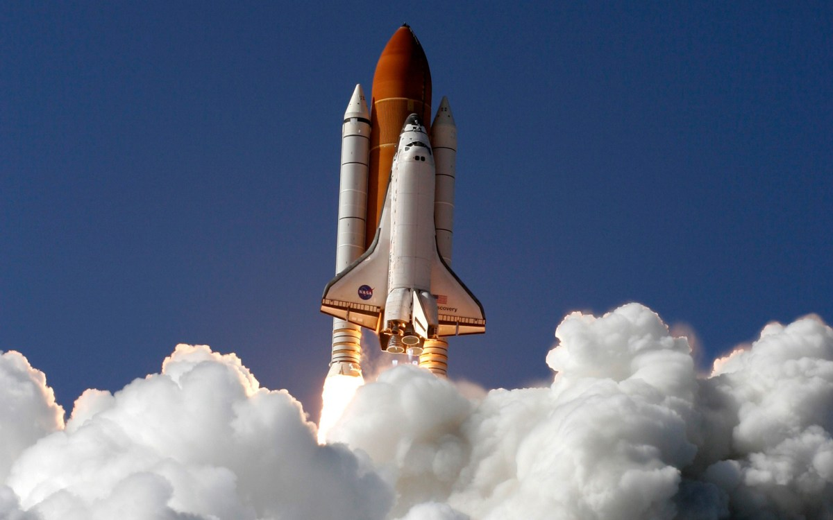 SPACE-SHUTTLE/