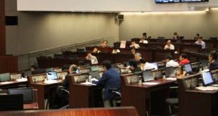 政務司司長林鄭月娥強調,人口政策非一次性措施,須持續進行並檢討優化空間。 (王敏其攝)