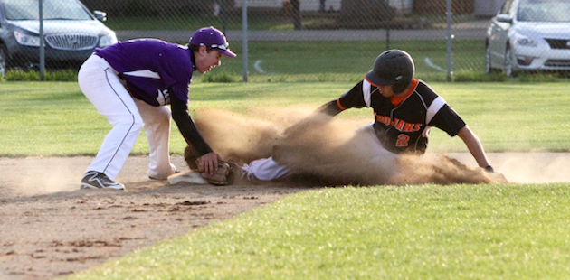 Sturgis and Three Rivers each win a game in Wolverine baseball doubleheader