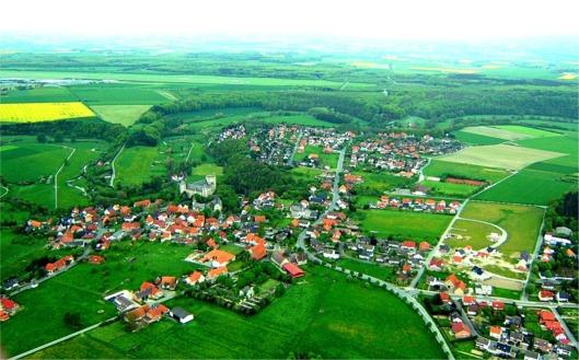 http://i1.wp.com/johndenugent.com/images/Luftbild_wewelsburg.jpg?w=678