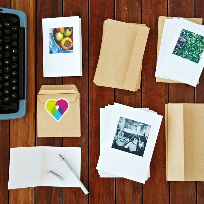 use your instagram photos for buttons, magnets, and stationery with Social Print Studio + a giveaway over on @jojotastic