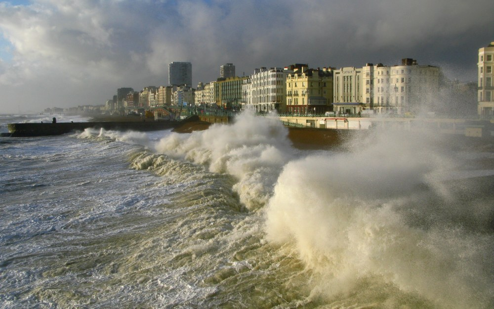 Photo set: Stormy Weather In Brighton