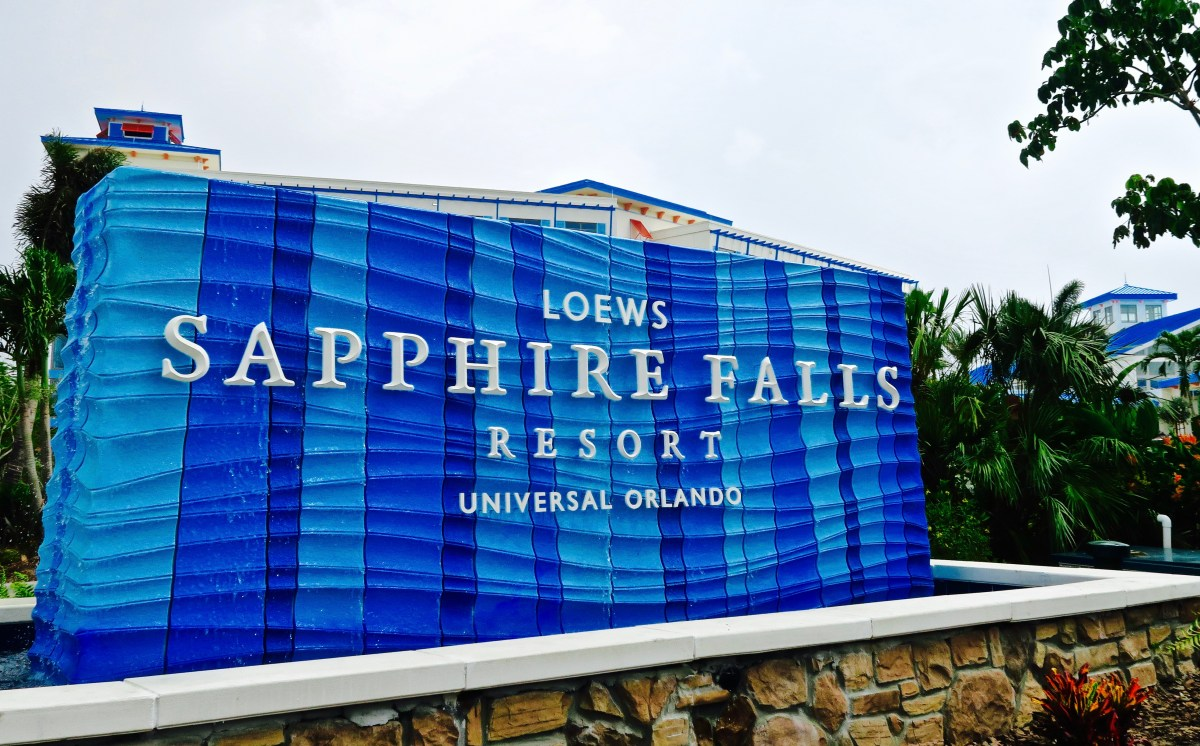 Sapphire Falls Resort Review! | Universal Orlando Resort