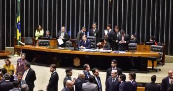 zr-plenario-camara-deputados-votacao-segunto-turno-pec-241-00410252016-lg-bfd48c3d