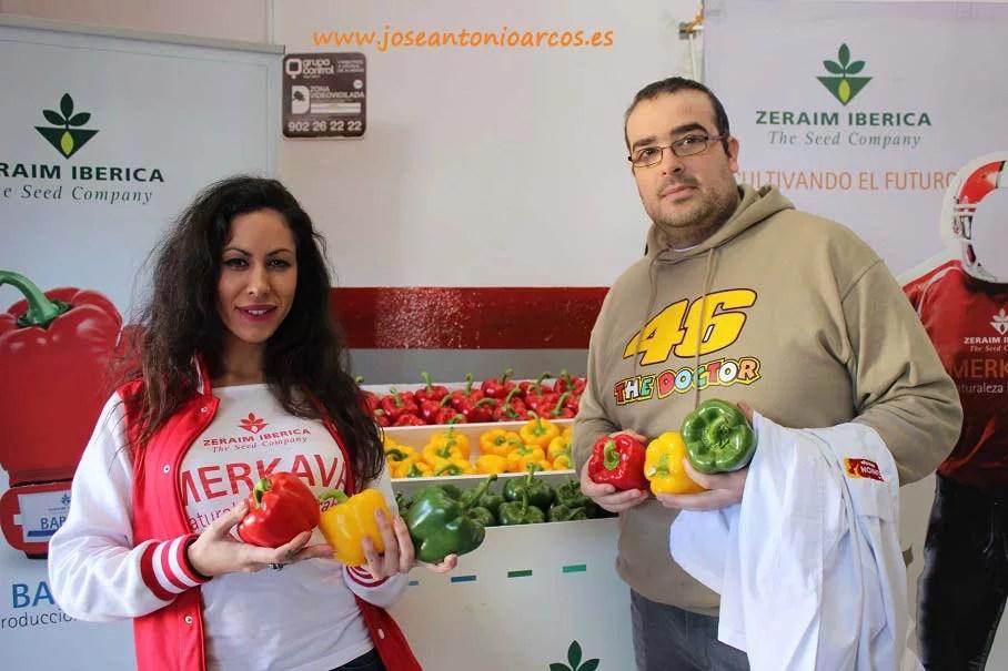 Cristina Luque con Fran Jaldo, alumno de EFA Campomar que realiza sus prácticas en el dpto. Calidad de La Unión.