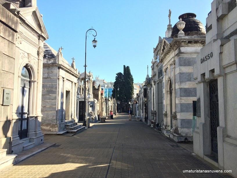 Passeio diferente em Buenos Aires: o Cemitério da Recoleta