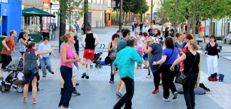 Flash Mob Cork: Dance into the weekend