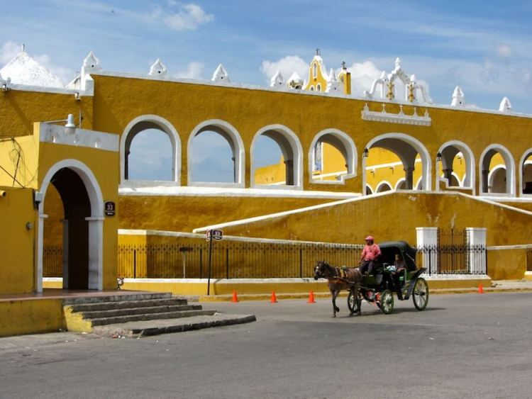 Izamal, the yellow city