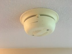 Small Of How To Turn Off Smoke Alarm