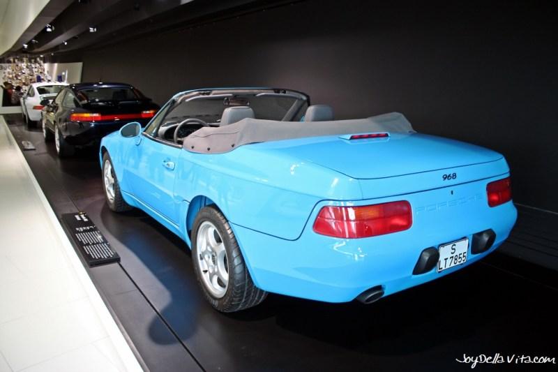 Porsche 968 Convertible blue