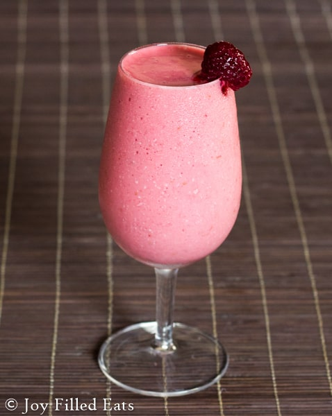 Frozen Raspberry Cheesecake Cocktail/Mocktail! Low carb, sugar free, THM S (vodka optional). Low Carb, THM S, sugar free.