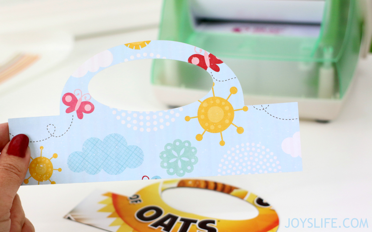 How to Create Bag Toppers with the Silhouette Cameo using Cereal Boxes instead of chipboard.