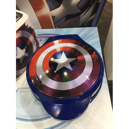 Medium Crop Of Captain America Waffle Maker