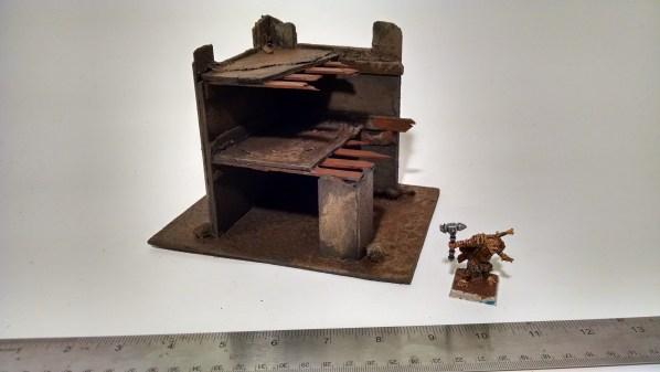 Ruined Building Terrain Corner Piece. Click to Enlarge.