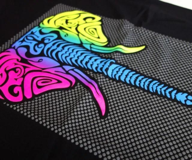 t-shirt-elephant-floc-fluo-logo