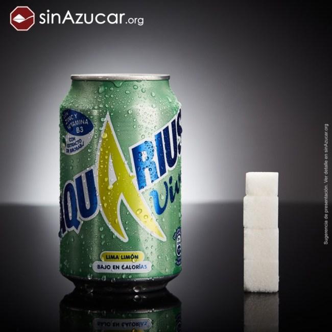3,5 terrones de azúcar en una lata de Aquarius Vive (14 gramos) Imagen de SinAzucar.Org