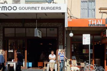 Moo-Gourmet-Burgers Newtown