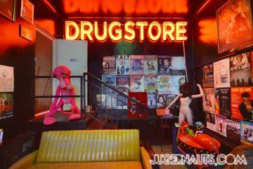 drugstore3